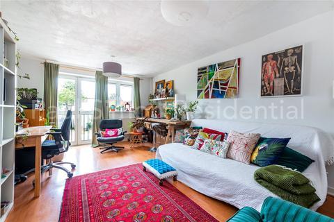 2 bedroom apartment for sale - Appleby Close, Tottenham, London, N15