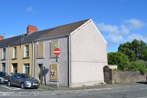 3 bedroom end of terrace house for sale - Brynhyfryd Street, Brynhyfryd, Swansea, City And County of Swansea. SA5 9LP