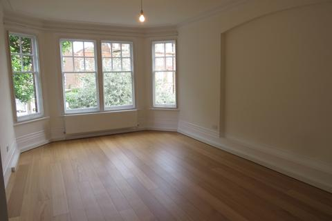 2 bedroom flat to rent - The Gables, Fortis Green, Muswell Hll, N10