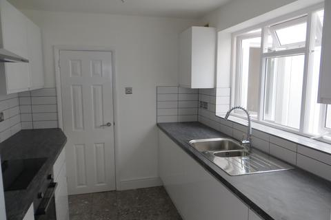 3 bedroom terraced house to rent - Regent Square, Heavitree, Exeter