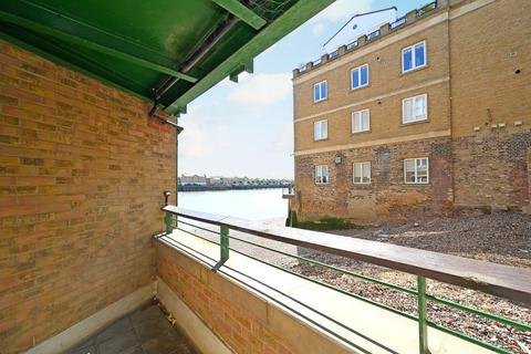 2 bedroom apartment for sale - Molines Wharf Narrow Street Limehouse