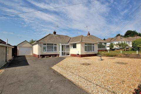 2 bedroom detached bungalow for sale - Haymoor Road, Oakdale, Poole, Dorset