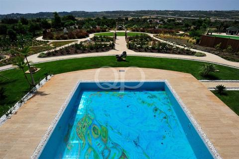 10 bedroom house - Estombar, Portugal