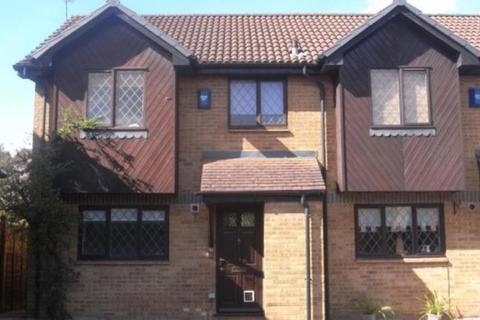 2 bedroom semi-detached house to rent - Horsebrass Drive, Bagshot