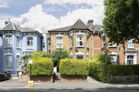 Studio for sale - Fountayne Road, London, N16