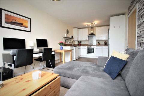 1 bedroom apartment for sale - Gilbert House, Ealing Road, Brentford, TW8