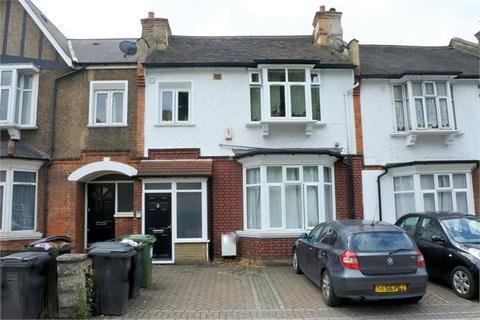2 bedroom ground floor flat to rent - Brownhill Road, Catford, London, SE6 1AT