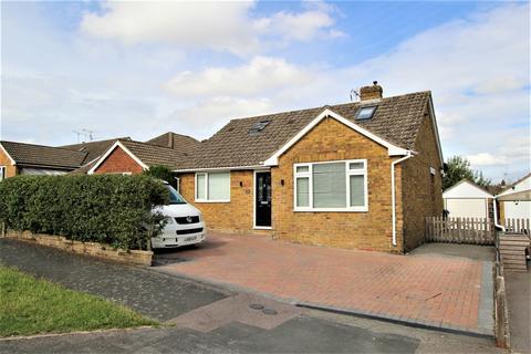 3 bedroom detached bungalow for sale - Southview Rise, ALTON, Hampshire