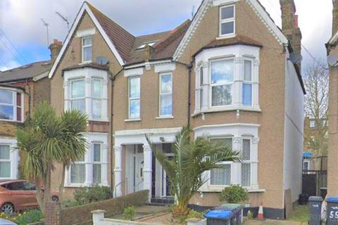 4 bedroom semi-detached house for sale - New Southgate, LONDON N11