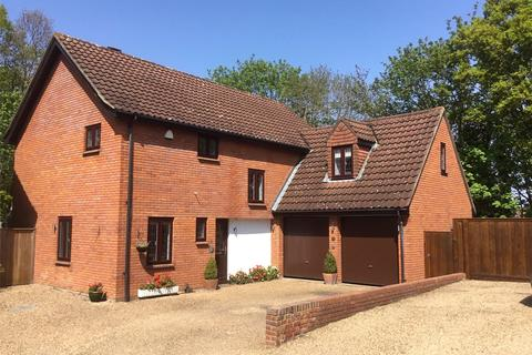 5 bedroom detached house for sale - Highgrove Close, Chislehurst, BR7