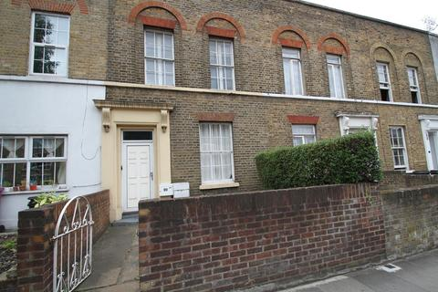 3 bedroom terraced house for sale - Fairfield Road, London