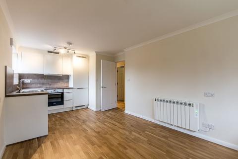 2 bedroom flat to rent - Fairoaks Grove, Enfield