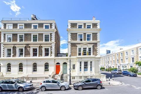2 bedroom flat for sale - Albert Square, London SW8