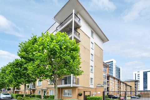2 bedroom flat for sale - Sail Court, Canary Wharf E14