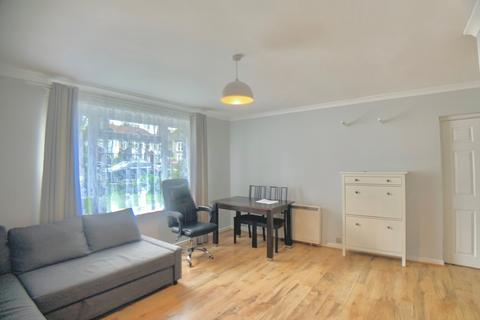 2 bedroom flat to rent - Parkdale, London, N11