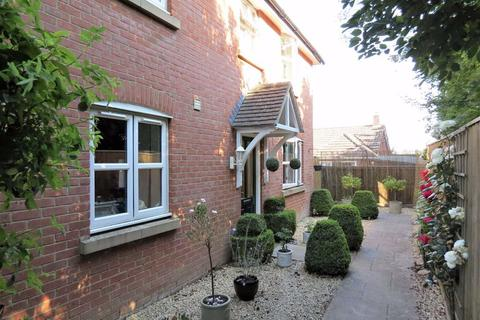 3 bedroom house to rent - Thompson Court, Purton, Wiltshire