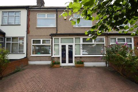 3 bedroom terraced house for sale - Brantwood Gardens, Redbridge, Essex, IG4
