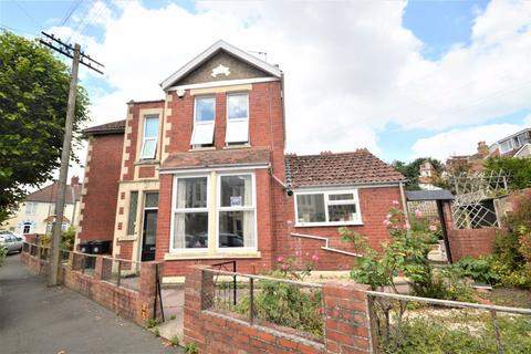 3 bedroom house to rent - Churchways Crescent, Horfield