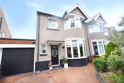 4 bedroom semi-detached house for sale - Hazeldene, Monkseaton