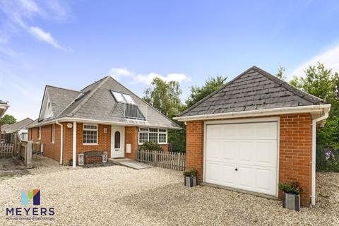 4 bedroom detached house for sale - St. Martins Road, Upton, Poole BH16