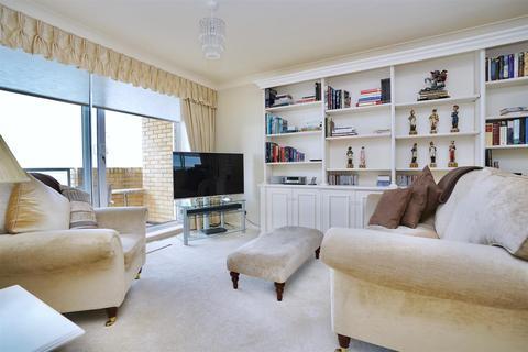 1 bedroom flat to rent - Kings Esplanade, Hove
