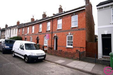 3 bedroom end of terrace house to rent - Naunton Crescent, Cheltenham