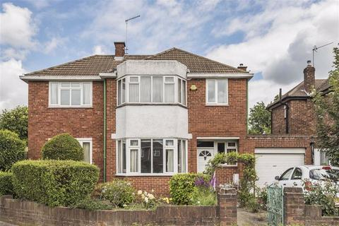 4 bedroom detached house for sale - Mount Pleasant, Cockfosters, Hertfordshire