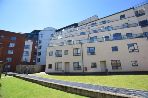 2 bedroom flat for sale - Paper Mill Yard, Norwich