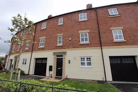4 bedroom terraced house for sale - Faulkner Crescent, Lytham St. Annes, Lancashire