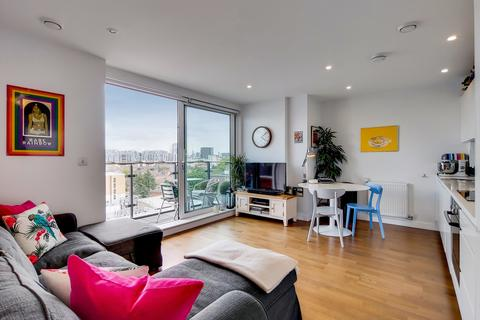 2 bedroom apartment for sale - Knights Tower 14 Wharf Street,  London, SE8