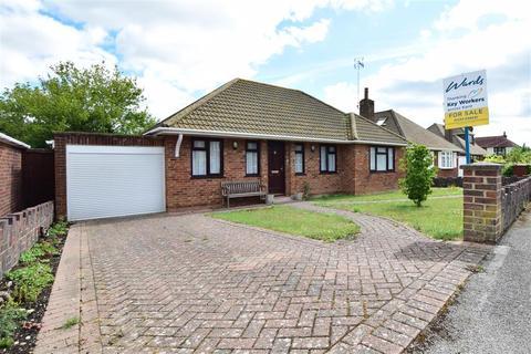 3 bedroom detached bungalow for sale - Harvey Road, Willesborough, Ashford, Kent