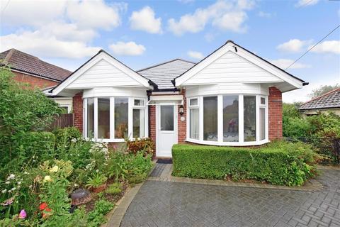 4 bedroom detached bungalow for sale - Beatrice Road, Capel-Le-Ferne, Folkestone, Kent
