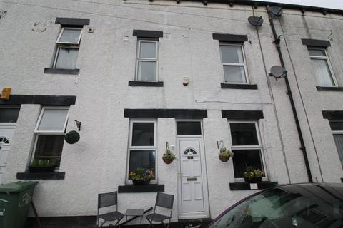 3 bedroom terraced house to rent - Vernon Place, Stanningley, Leeds, LS28 6EX