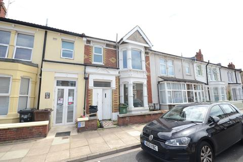 3 bedroom terraced house to rent - Lynton Grove, Portsmouth, PO3