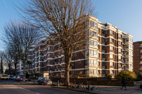 3 bedroom flat to rent - The Drive, Hove, BN3 3PT