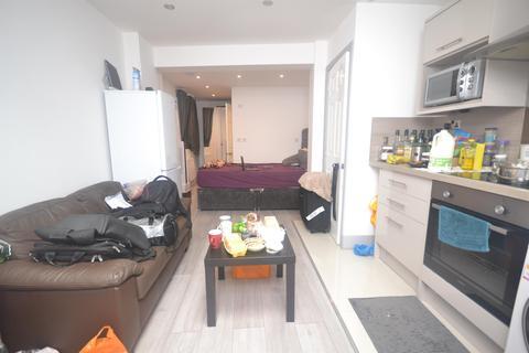 Studio to rent - Southampton Stret, Reading, RG1 2RD