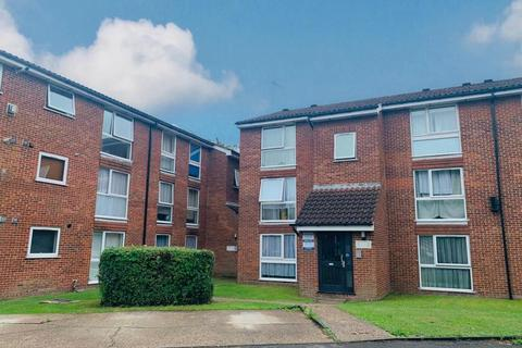1 bedroom flat for sale - Larch Close, London, N11
