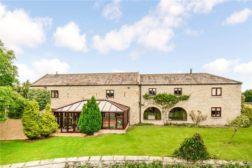 5 Bedrooms Equestrian Facility Character Property