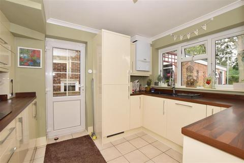 3 bedroom semi-detached house for sale - Ragstone Road, Bearsted, Maidstone, Kent