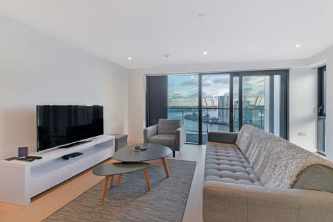3 bedroom apartment to rent - Horizons Tower, Canary Wharf, London E14