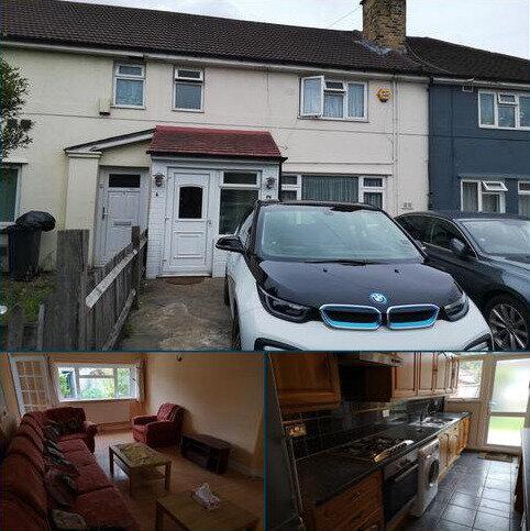 4 bedroom terraced house to rent - Hounslow TW4