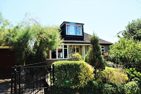 4 bedroom detached bungalow for sale - Park Grove  , Bexleyheath, Kent, DA7 6AA
