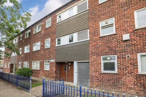 1 bedroom flat for sale - Landseer Avenue, Manor Park, E12