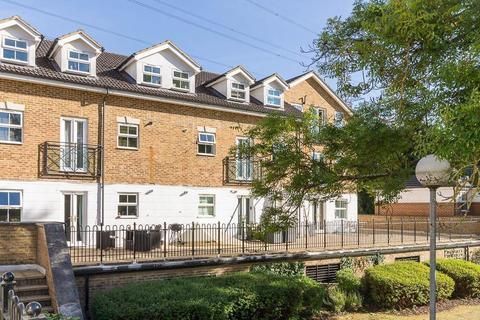 2 bedroom apartment to rent - Old Mill Place, Wraysbury, Staines-Upon-Thames, TW19