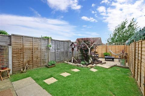 3 bedroom terraced house for sale - Monkdown, Downswood, Maidstone, Kent