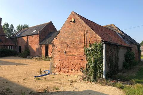 Plot for sale - Lot 2 - The Threshing Barn, Newfield Farmstead Redevelopme, NG25