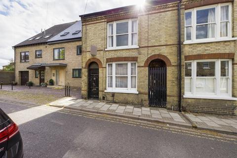 3 bedroom end of terrace house for sale - Parsonage Street, Cambridge
