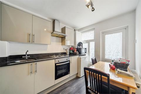 3 bedroom detached house for sale - Chapter Road, Willesden, LONDON