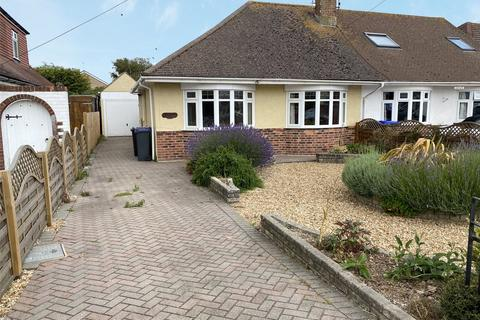 2 bedroom bungalow for sale - Grinstead Lane, Lancing, West Sussex, BN15