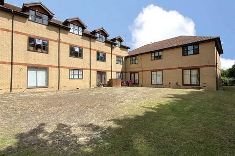 2 bedroom apartment for sale - Shermanbury Court, Carnforth Road, Sompting, West Sussex, BN15